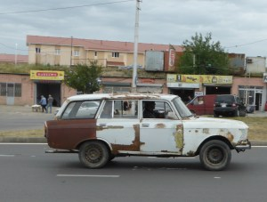 Rusty but running Moskvitch 427