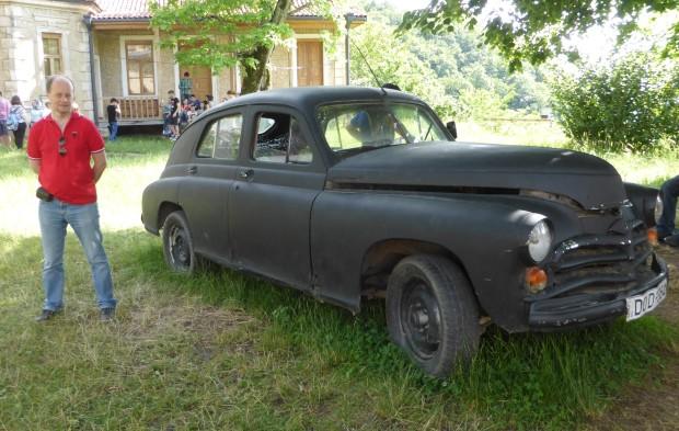 GAZ M20